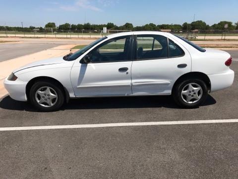2004 Chevy caviler $3995 800 down 250 mo
